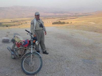 حمایت از یک حافظ آهو در منطقه قراویز